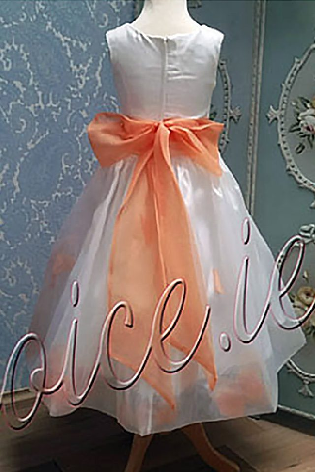 bridesfirstchoice-flowergirl-09a